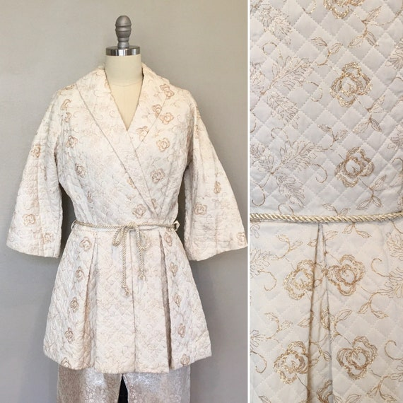 1940s quilted lounging hostess jacket, gold Mylar