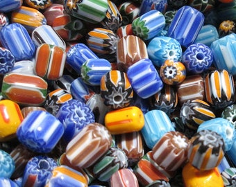 E93//1 Blue Hand Painted Flower Barrel Clear Glass Beads Pack of 4