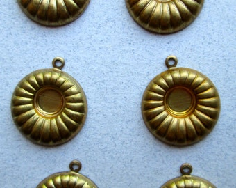 6  Vintage Brass Cabochon Settings