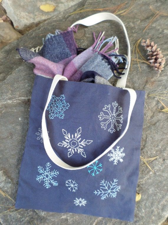 Linen Snowflake Purse / Hand Embroidered Linen Tote Bag / Navy Blue 100% Linen / Winter Handbag / Unique Handmade Tote / Made in Maine