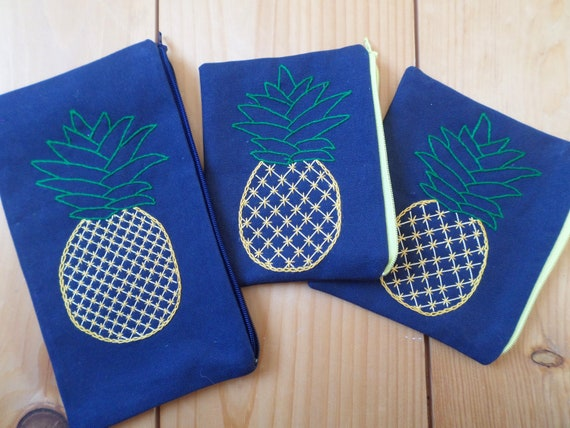 Pineapple Wallet / Tropical Coin Purse / Pineapple Coin Purse / Hand Embroidered Zipper Pouch / Cotton Duck Canvas / Made in Maine