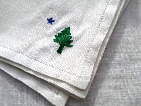 Hand Embroidered Linen Napkins, Set of 4, Original 1901 Maine Flag Design, Made in Maine