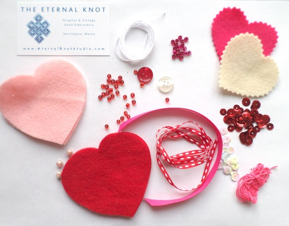 BIG Valentine Heart Keepsake Kit, Beginner Sewing / Embroidery Activty Kit
