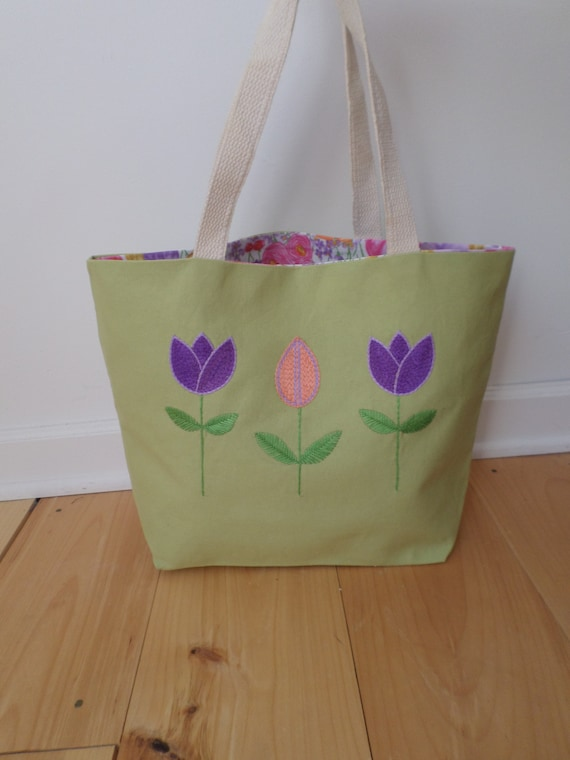 Spring Tulip Flowers Hand Embroidered Tote Bag / Brodera Hallandssom Purse / Scandinavian Folk Tote Bag / Zippered Tote / Made in Maine