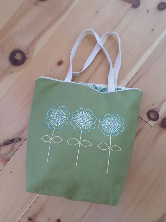 Spring Flowers Hand Embroidered Tote Bag / Brodera Hallandssom Purse / Unique Scandinavian Folk Tote Bag / Zippered Tote / Made in Maine