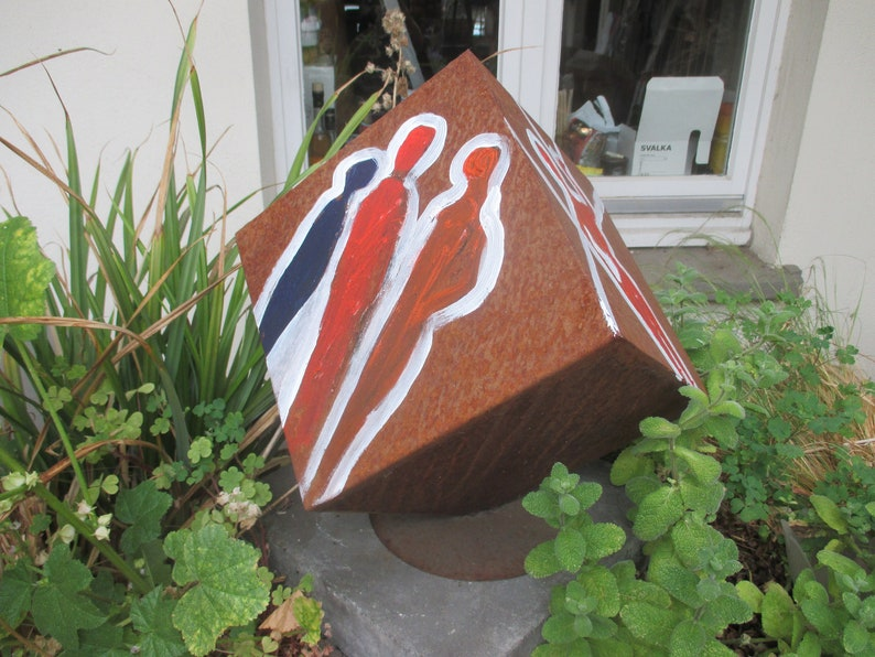rustic cube Sculptur  Modern Art contemporary art image 0
