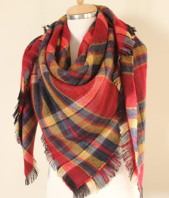 Doudou foulard écharpe de couverture à carreaux Tartan rouge   Etsy 6edd65031c9