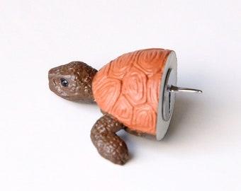 """Pushpin """"Brown turtle"""""""