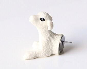 """Pushpin """"Lamb"""""""