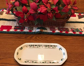 Royal Limited Holly Holiday Rectangular Sandwich Platter