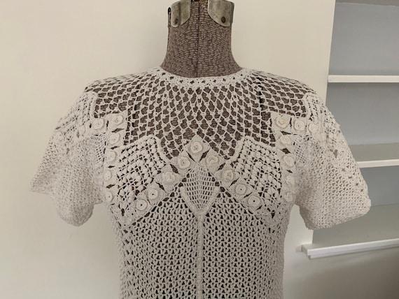 Exquisite Vintage Handmade Crocheted Sweater w/ Pu