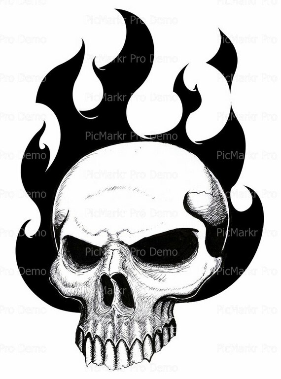 Skull Halloween ~ Edible 2D Fondant Birthday Cake/Cupcake Topper ~ D5824