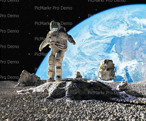 Moon and Earth Astronaut ~ Edible 2D Fondant Birthday Cake/Cupcake Topper ~ D9512