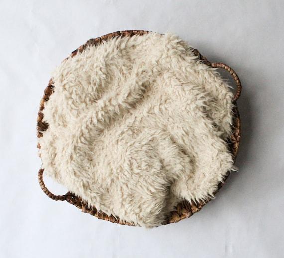 SALE...Faux Flokati Ivory / Cream Faux Fur Baby Photo Prop