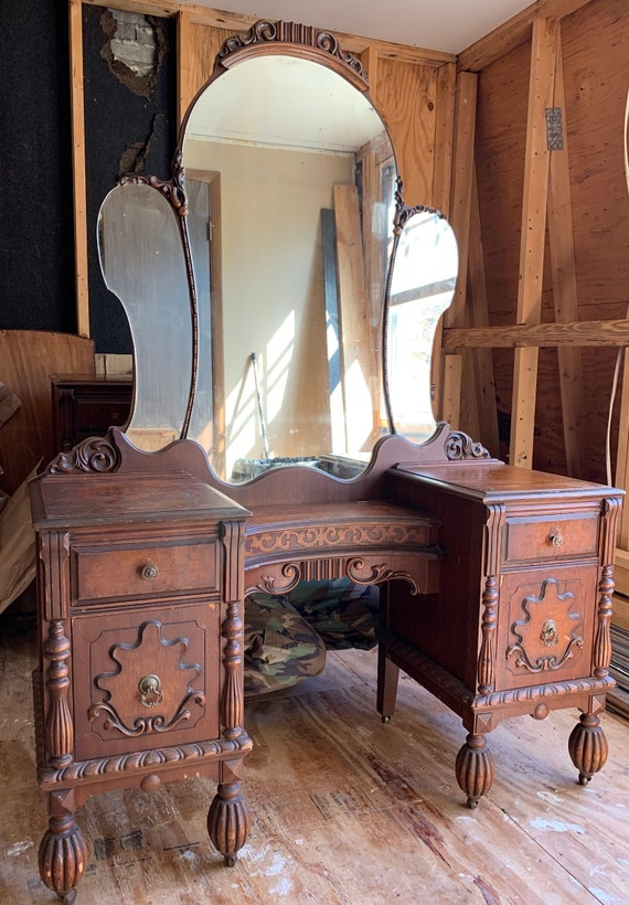 Custom/ Restore/ Refinish/ Paint Full Antique Bedroom Set/ Complete Set/  Vanity with Mirror/ Dresser with Mirror and Full / Queen Bed