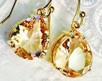 Bridesmaids Champagne Crystal Bezel Earrings,Fine Gold Plated or 14K Gold Filled Earrings,Bridal Jewelry,Wedding Earrings,Bridesmaids Gifts