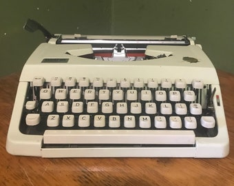 Vintage brother Typewriter  1980s