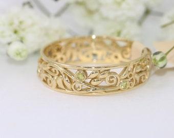 Scroll Pattern Leaf Wedding Band, Dainty Elegant Wedding Ring, Rustic Wedding Band With Yellow Diamonds, Vintage Style Inspired Ring