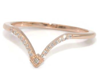 Chevron wedding ring, V shape diamond ring, rose gold diamond wedding band, boho wedding ring, chevron wedding band, custom made midi ring