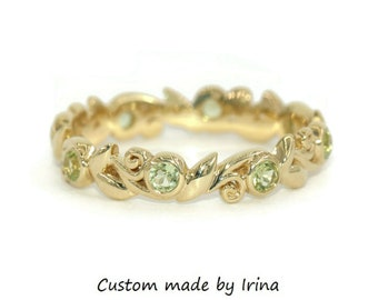 Vine Leaf Scroll Pattern Eternity Ring, Woodland Wedding Ring, Delicate Filigree Scroll Peridot Wedding Band