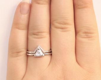 White Sapphire Geometric Triangle Diamond Engagement Ring Set, Nesting Engagement Rings Set, Triangle Ring Set,Trillion Engagement Rings Set