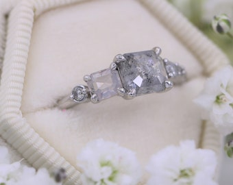 Salt and Pepper Diamond Ring, Unique Engagement ring, Gray Diamond Ring, Linear Cluster Ring, One Of A Kind Ring, Rustic Grey Diamond Ring