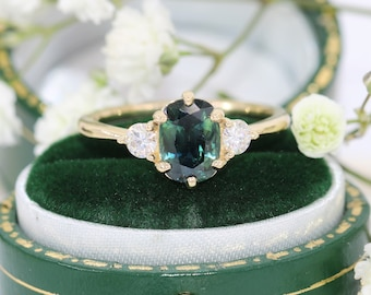 3 stone Blue Green Parti Sapphire Ring, Mermaid Engagement Ring, Vintage Style Ring, Edwardian Sapphire Ring, Oval Peacock Sapphire Ring