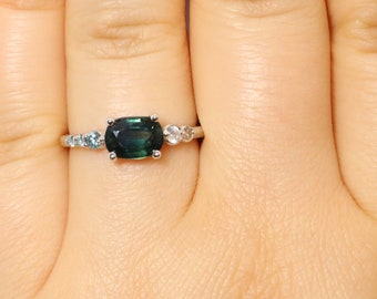 Peacock Green Sapphire Cluster Ring, Ombre Engagement Ring, Parti Sapphire Ring, One Of A Kind Custom Ring, Mermaid Blue Green Sapphire Ring