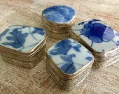 Set 4 Mini EMBOSSED Metal PORCELAIN Snuff Pill Boxes Vintage MINIATURE Silver Tin Storage Bins Chinoiserie Blue White Floral Ring Jewelry