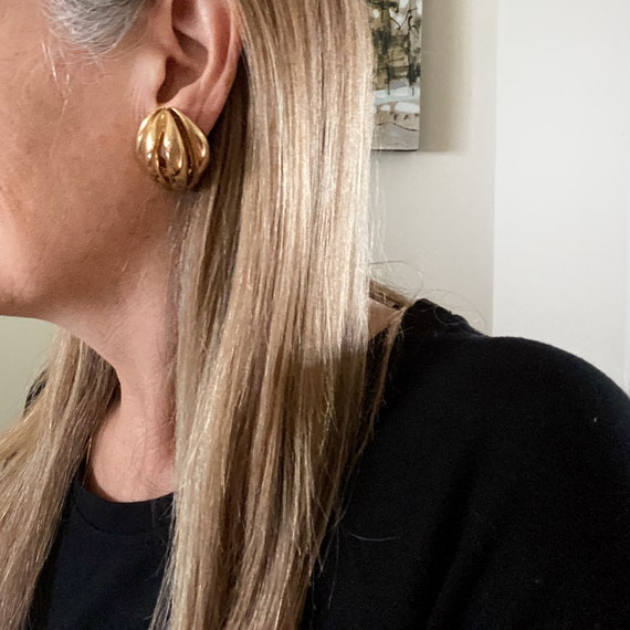 80s Oval Earrings, Ribbed Statement Earrings - image 3