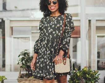 Floral dress with ruffles and shirring on sleeves
