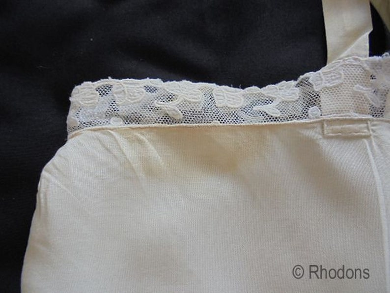 1920s Flapper Silk  Embroidered Negligee