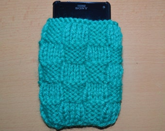Hand knitted mint green phone/ipod case