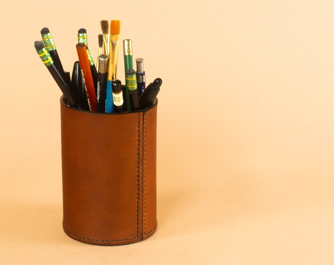 Round Pencil Cup - Hand Stitched Leather