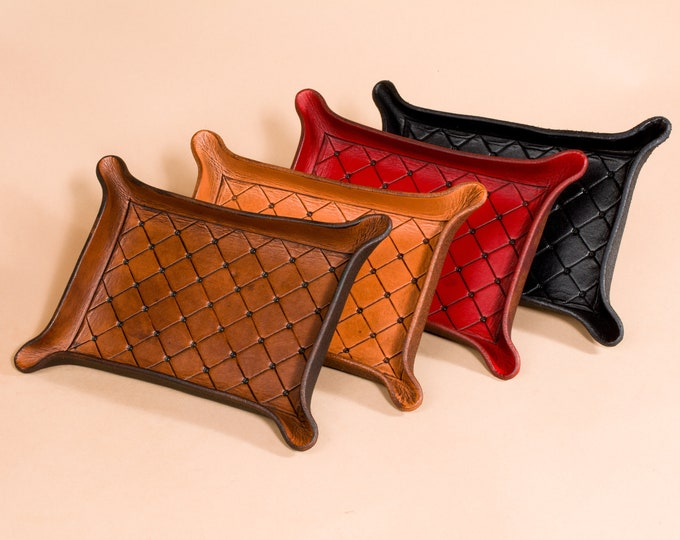 Leather Valet Tray - Cushion Patterned Engraving - Ready to Ship