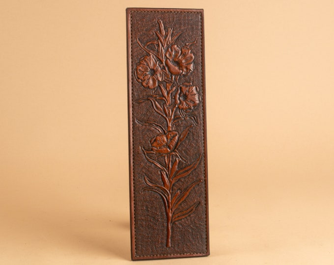 Single Flower - Primrose - Leather Low Relief Engraving