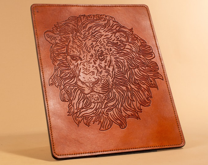 Lion's Head Engraving - Leather Wall Art
