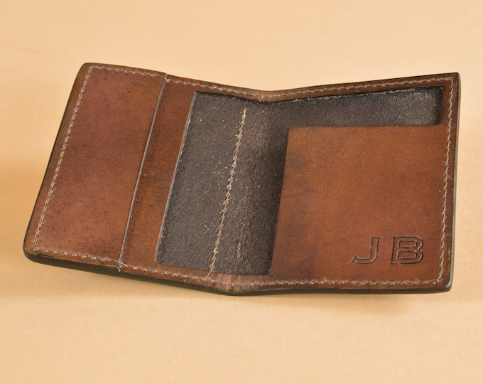 Daily Carry Wallet - Medium Sized - Quick Access Pocket