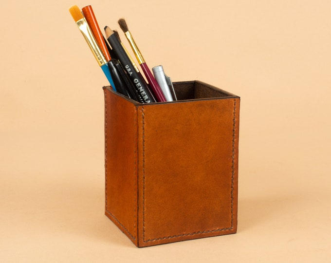 Leather Desk Organizer - Square Pen Cup