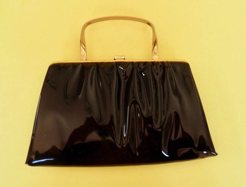 59b8544c605f1 PATENT LEATHER PURSE Clutch Handbag Evening Bag Black Gold Tone Studded  Handle Hardware Clasp Vintage 1950's Day Evening Hideaway Handle