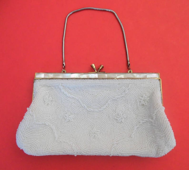 50825452e22f5 WHITE BEAD CLUTCH Mother of Pearl Frame Hideaway Chain Vintage Antique Seed  Bead Satin Lining 1930's 1940's Evening Bag Cocktail Purse