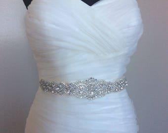 Wedding Sash Belt, Bridal Sash Belt - Crystal Sash Belt pearls and crystals