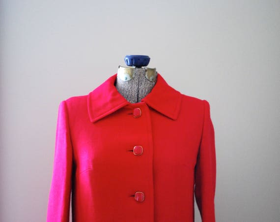 Rouge Trench Coat with vintage buttons