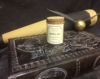 Quidditch Field Candle