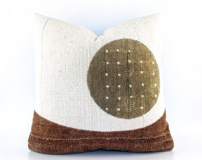 African Mud Cloth Modern Minimal Landscape Circle Pillow Cover 20x20