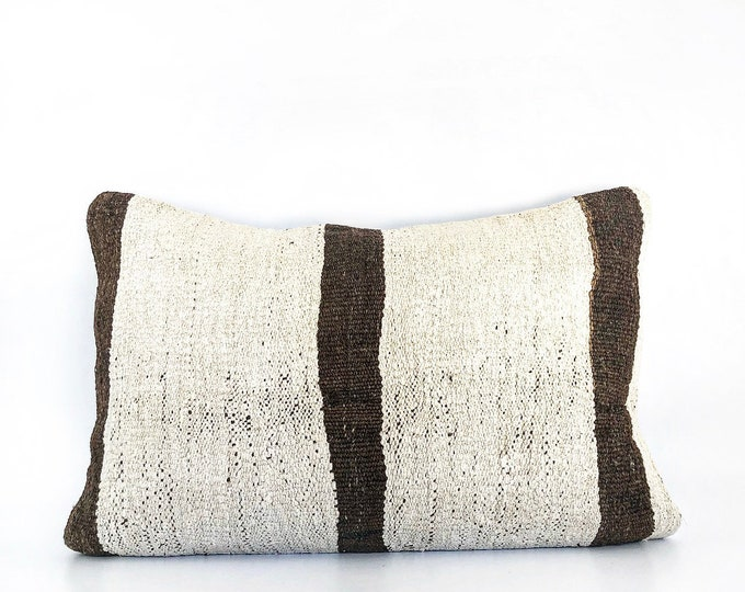 Vintage Handmade Wool Kilim Pillow Cover 15x24