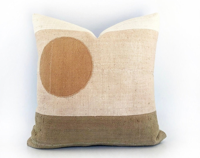 Africa Mudcloth Modern  Minimal Landscape Circle Pillow Cover 20x20