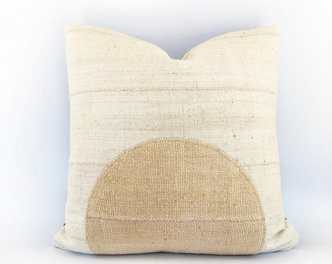 African Mudcloth Modern Circle Pillow Cover 20x20