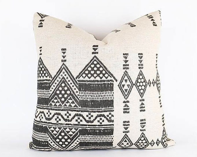 OUTDOOR Woven Tribal African Pillow Cover 20x20