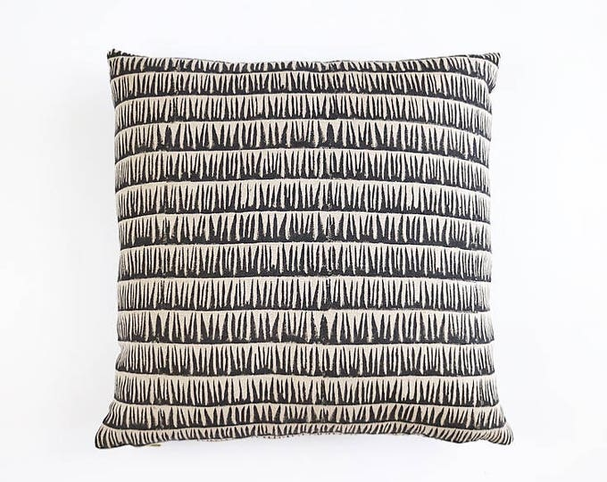 READY TO SHIP Hand Block Printed Flax Linen Pillow Cover 20x20
